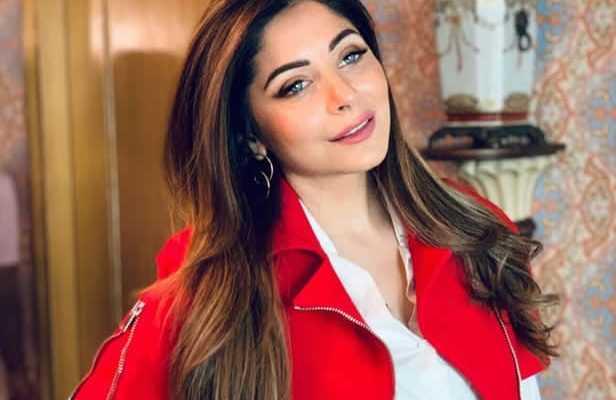 Kanika_Kapoor