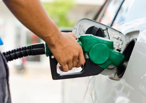 Ministry of Petroleum and Natural Gas, demand of even refined oil