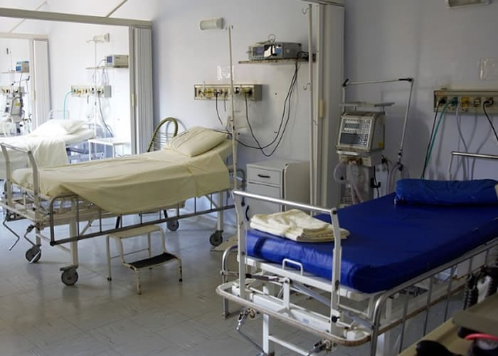 Hospital patient bed