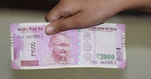 India Currency 2000 rupee note