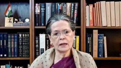 Sonia Gandhi works on revamping Congress