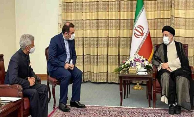 iran extends an invitation to india