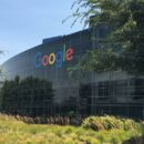 google allegedly bans 3 apps for stealing users personal information and money