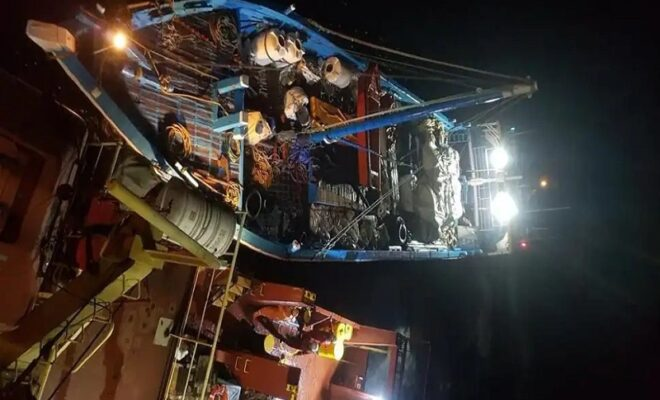 isro and icg saved the lives of nine sailors stuck between india maldives through a dat device