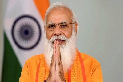 pm modi gave digital house keys to 75000 beneficiaries across up